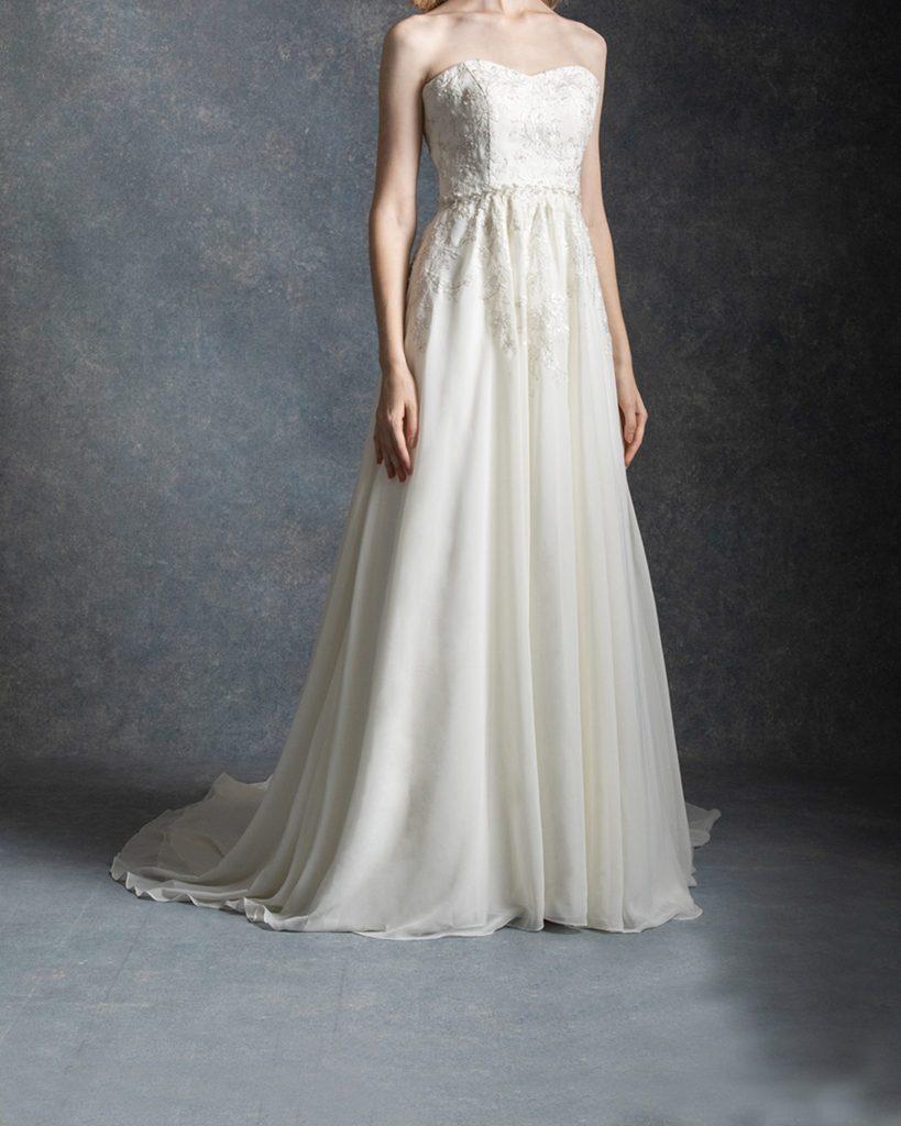 スレンダーライン ウェディングドレス